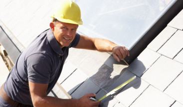 Feel Secure in Your Roofing Contractor with These 8 Tips